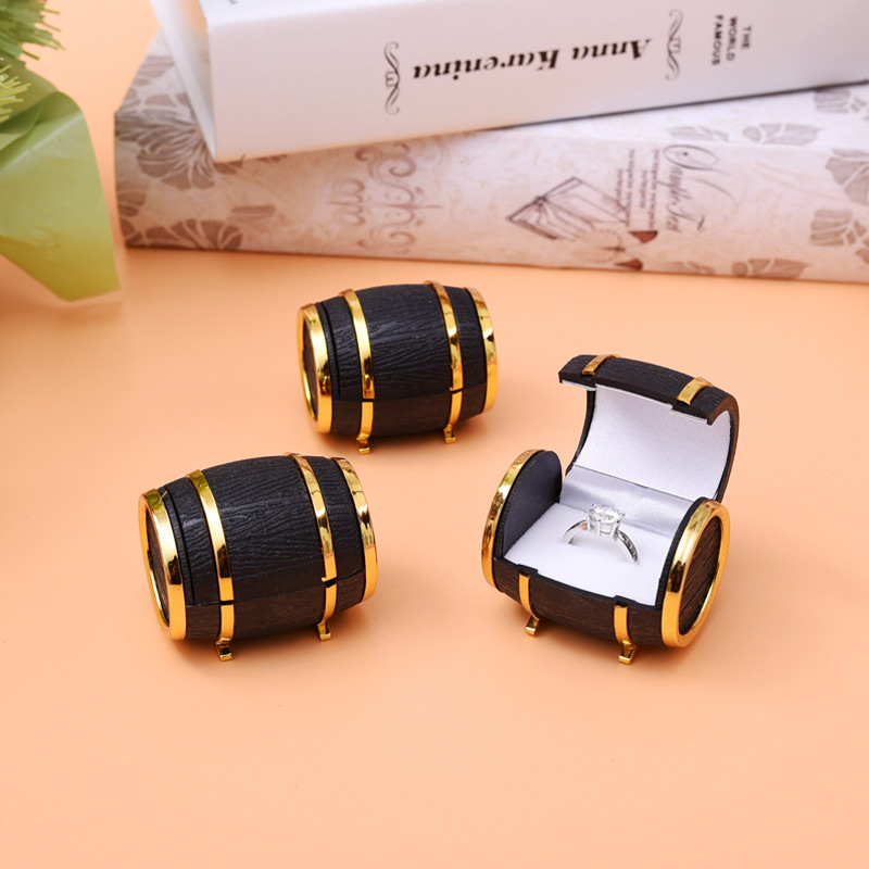 PU Single Ring Box,with Velveteen & Zinc Alloy, gold color plated, black, nickel, lead & cadmium free, 40x50mm, Sold By PC