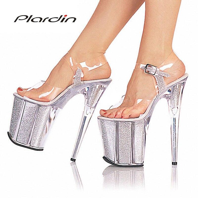 Стриптиз на высоких каблуках