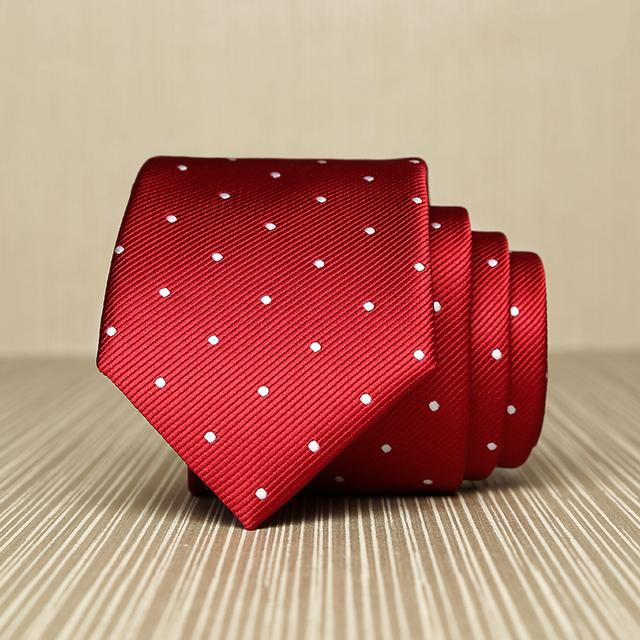 Laços de Casamento para Homens de alta Qualidade 2017 Nova 6 cm Gravata Slim Coreano moda Vinho Tinto Branco Polka Dot Laço para Suit Gravata Caixa de Presente