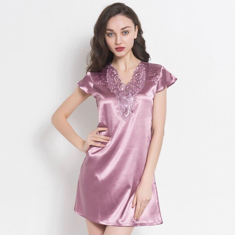 c14d762e4c46 Женские пикантные летние шелковые ночная рубашка с v-образным вырезом с  коротким рукавом пижамы шелковой вышивкой Sleepskirt рубашки Ночная сор.