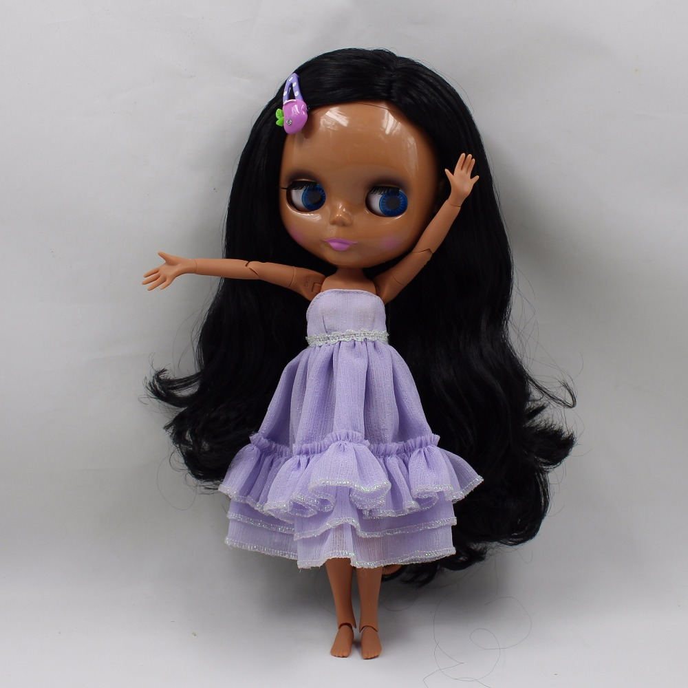 цена free shipping factory blyth doll black wavy hair dark skin joint body side parting