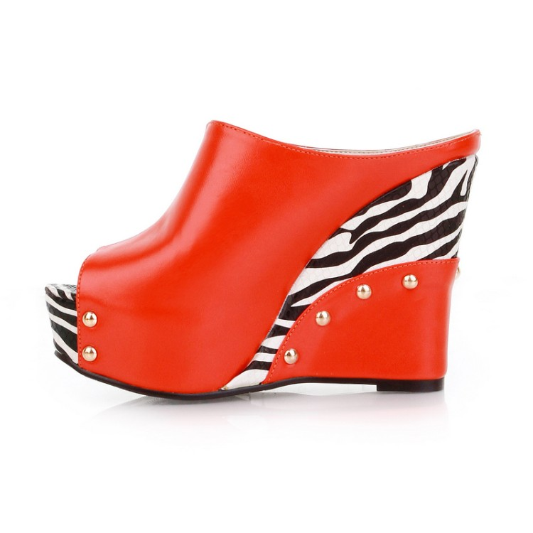Brand Womens Shoes 2018 Latest Design Stripes Waterproof Rivet High Heel Thick Bottom Fish Mouth Slippers Big Code --43