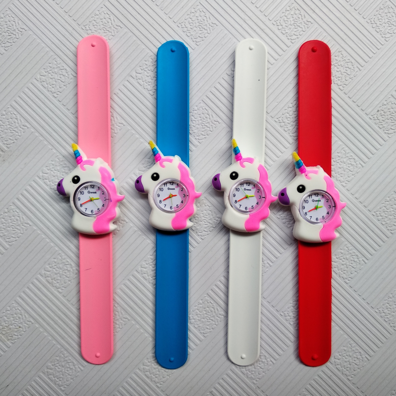Relogio Masculino Pony Pattern Kids Watches Pat Hand Watch LED Electronic Sports Watch Strawberry Children Watch Girl Baby Clock