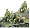 1/35 WW2 German soldier vehicle occupant 3 people WWII Resin Model Kit figure Free Shipping