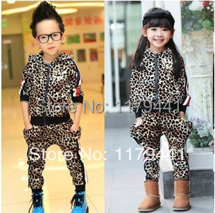 New Arrival Limited Baby free Shipping Autumn/spring Fashion Leopard Skin Suit for Kids Clothing Set ,girls Clothes Set/boy 2pcs set baby clothes set boy