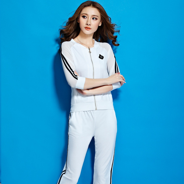 7a69f42891a021 black white plus size lady sport suit tracksuit crop top+sweatpants jogger  sets running jogging suits for women Sports clothing