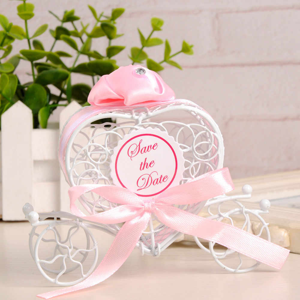 Hot 1 pcs New Romantic Carriage Caixas Dos Doces de Chocolate Caixa de Doces Favores da Festa de Casamento Bonito De Armazenamento Organizador Caso de Alta Qualidade
