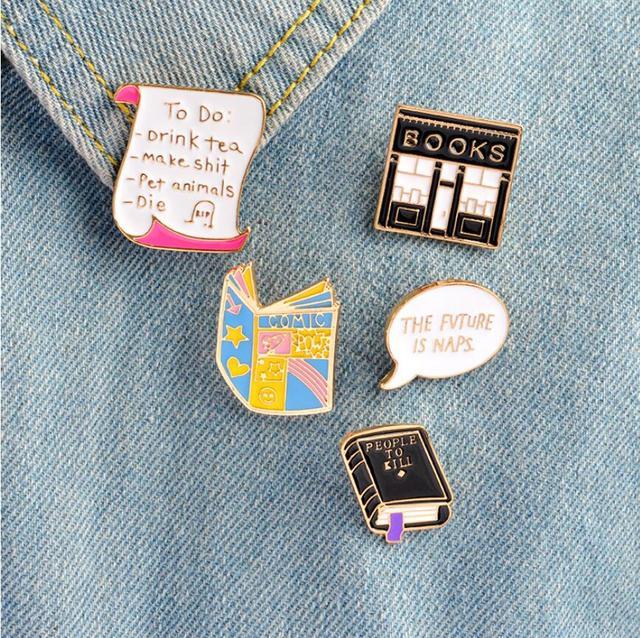 ShuangShuo Esmalte Pin Fivela Camisa Pins e Broches para Mulheres calças de Brim Dos Desenhos Animados Lapela Pin Broche Jóias Presente de Natal Decoração