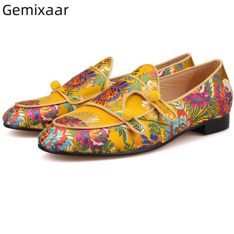 Printemps concis Plat vacances homme chaussures bout rond luxe broderie doré jaune chaussures exotique ethnique sans lacet loisirs chaussures hommes