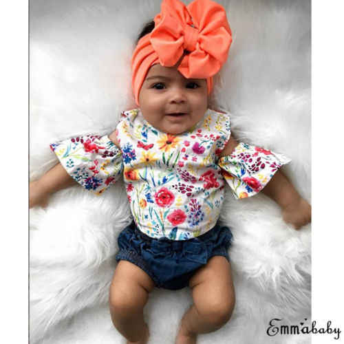 2019 одежда с цветочным принтом для малышей рубашка с цветочным принтом и открытыми плечами для маленьких девочек топ + джинсовые короткие брюки с бантиками, новый комплект детской одежды