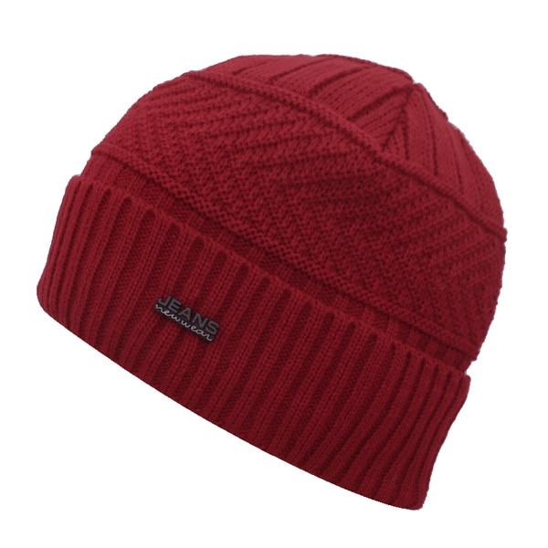 wine red hat