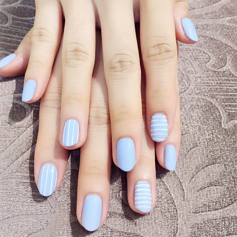 Simple24pcs/set Navy blue horizontal vertical stripe False nails Middle-long small round head lady full nail tips art tool bride