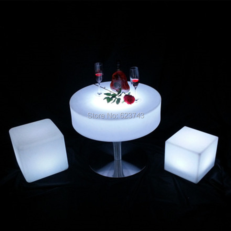 Remote control Plastic round glowing led cocktail bar table rechargeable Table basse lumineuse LED Multicolore for pub
