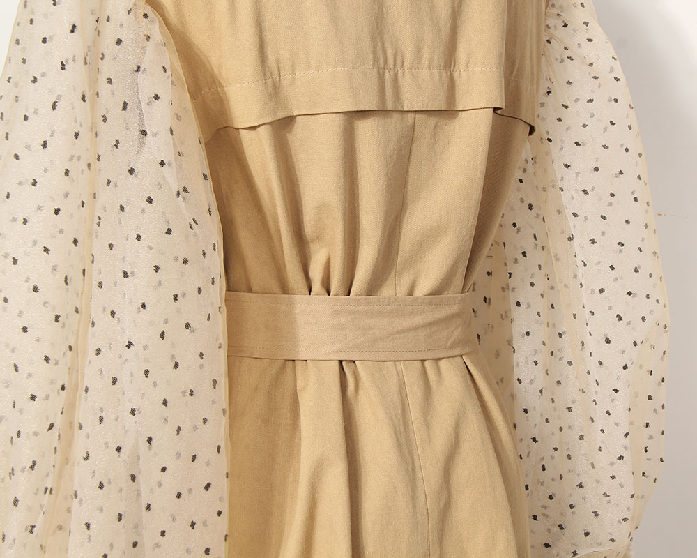 [EAM] 19 New Spring Lapel Long Puff Sleeve Sashes Dot Mesh Stitching Loose Long Windbreaker Women Coat Fashion JH394 10