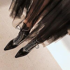 Image 5 - FEDONAS ファッションパンク奇妙なかかとの女性ミッドふくらはぎブーツクロス本革オートバイのブーツパーティーナイトクラブの靴女性