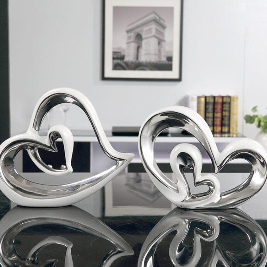 Articles d'ameublement modernes en forme de coeur en céramique, Figurines artisanales en porcelaine et Miniatures, accessoires de décoration pour la maison