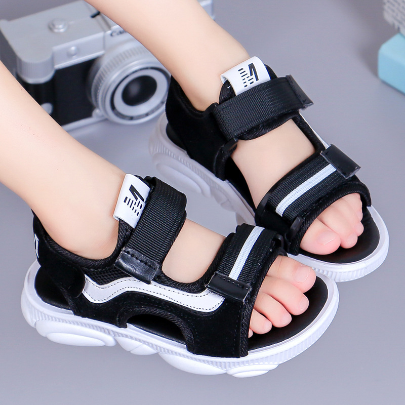 2019 Non Slip Summer New Children's Sandals Korean Version Of The Boy Baby Beach Shoes Primary School Children's Soft Bottom