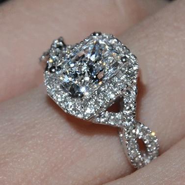 luxury Wedding Ring 2 carat cushion cut sona Synthetic Gemstone
