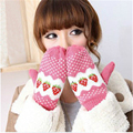 New Style Strawberry Shaped Cute Fashion Ladies' Winter Knitted Gloves Mittens Female Womens Winter Warm Gloves for Girls
