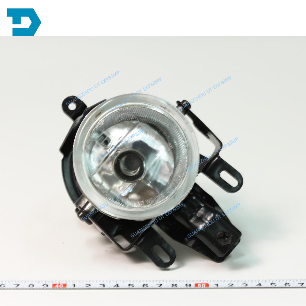 2003-2006 pajero v73 fog lamp with bulb MONTERO fog lamp 2000-2006 buy 2 for 1 pair same as picture комплект проставок для лифт кузова pajero 2