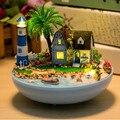 """Kits de Casa De Bonecas Móveis em miniatura Casa de Boneca de Brinquedo DIY Bola de Plástico, Hot """"Amantes Sob o Farol"""" Modelo de Construção Kit"""