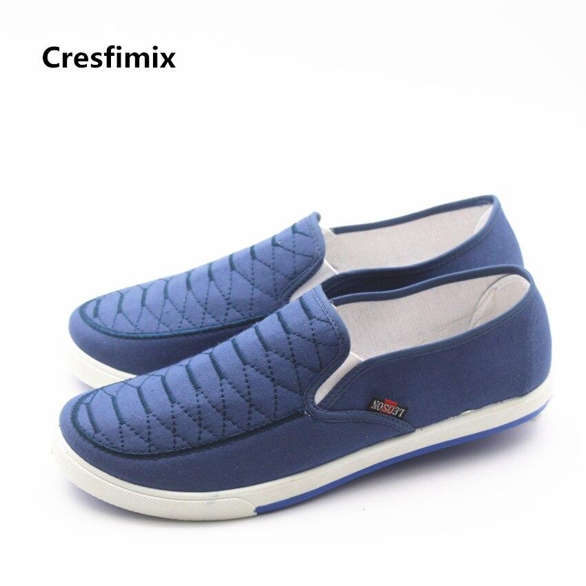 Cresfimix homens lazer plus size azul xadrez sapatos baixos do homem moda primavera & verão deslizamento em loafers confortáveis masculinos sapatos