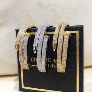 Image 4 - באיכות גבוהה מלא זירקון מקסים זהב צבע נשים שכבה כפולה שרוול צמידי נייל אלגנטי פאנק צמיד & צמיד לנשים ZK50