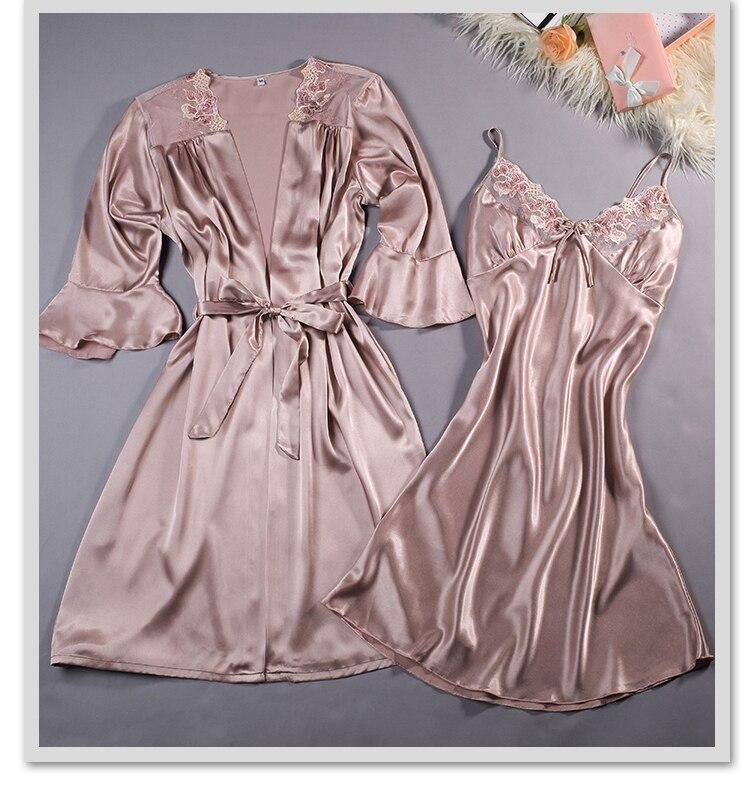 high quality Women Silk Lembroidery Lady Sleepwear Fashion Sexy Sets V-Neck Sleepwear Women's Pajamas Spaghetti Strap With Coat