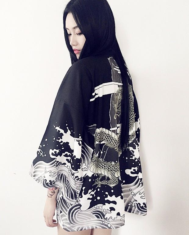 Swaggy HTB1CrrNNFXXXXXoXXXXq6xXFXXXs Kimono Japan 2017 - schwarz & weiss
