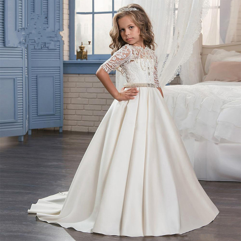 2017 Princess Half Sleeves Flower Girls Dress for Weddings Sheer Lace O-Neck Pearls Satin First Communion Dresses for Girls