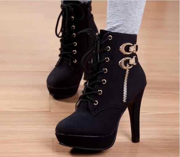 Новые осенние ботильоны для женщин на платформе и высоком каблуке; женская обувь на шнуровке; женские короткие ботинки с пряжкой; повседневная женская обувь