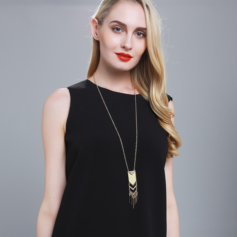 Fashion Women Lady Metal Godl Long Chain Tassel Pendant Chain Necklace Sweater T-Shirt Necklace Jewelry