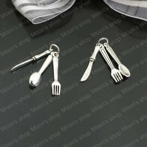 (26925)Fashion Jewelry Findings Vintage Charms & Pendants Alloy Antique Silver Height:28MM Knife fork spoon sets 20PCS