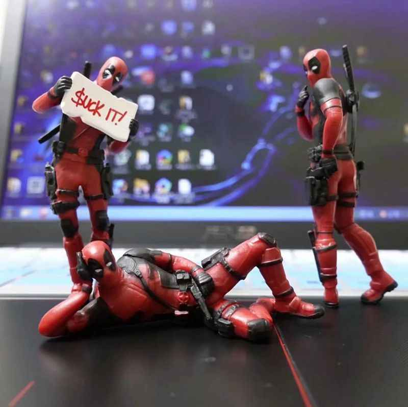 3 decoración de escritorio Deadpool coche Home Office Marvel 8cm X-MAN figura Linda divertida modelo de Juguetes