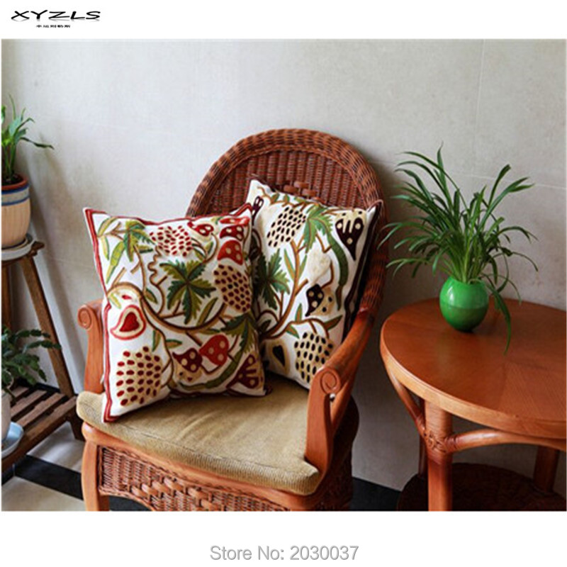XYZLS 2016 Strawberry Embroidered Decorative Pillows for