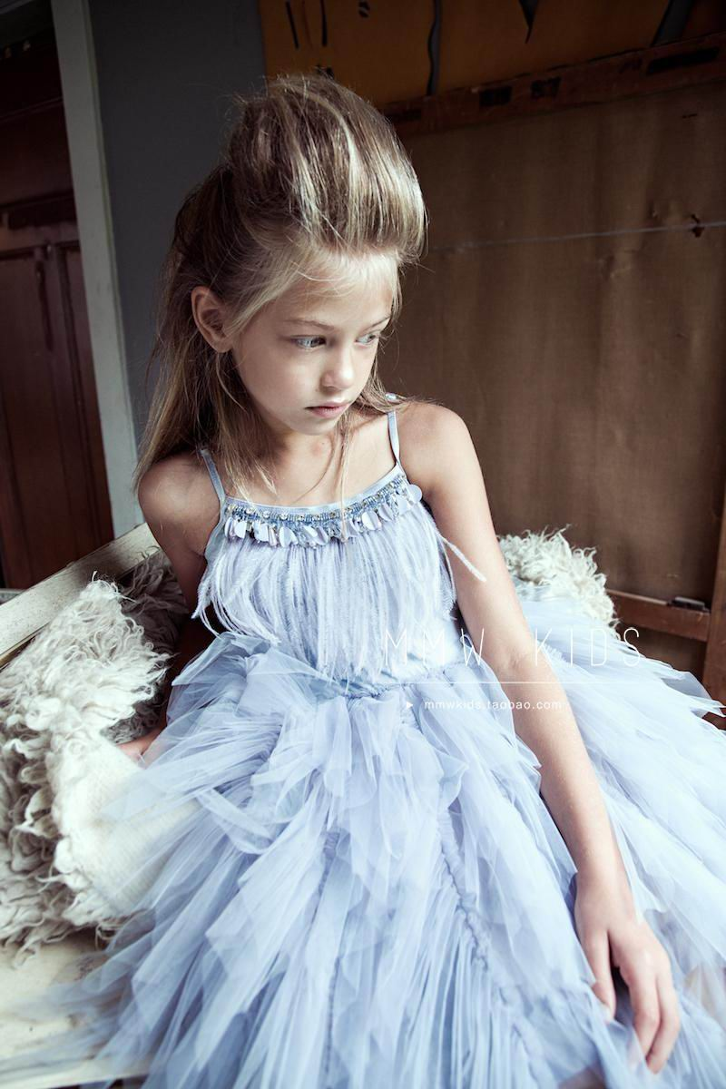 Wholesale Girl Dress Summer Rhinestone Feather Princess Dress For Party Wedding Show Compere Children Clothing E2305