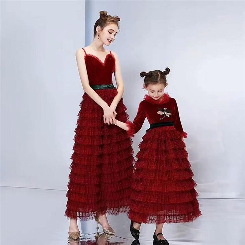 Famille correspondant tenues mère et fille demi manches maille longue robe taille haute volants Bowknot robe formelle fête porter