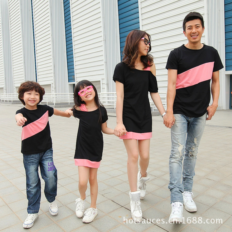 2019 Striped Family Matching Tee Shirts Mom And Daughter Dress Off One Shoulder Cotton Shirts Summer Like Father Like Son Shirt