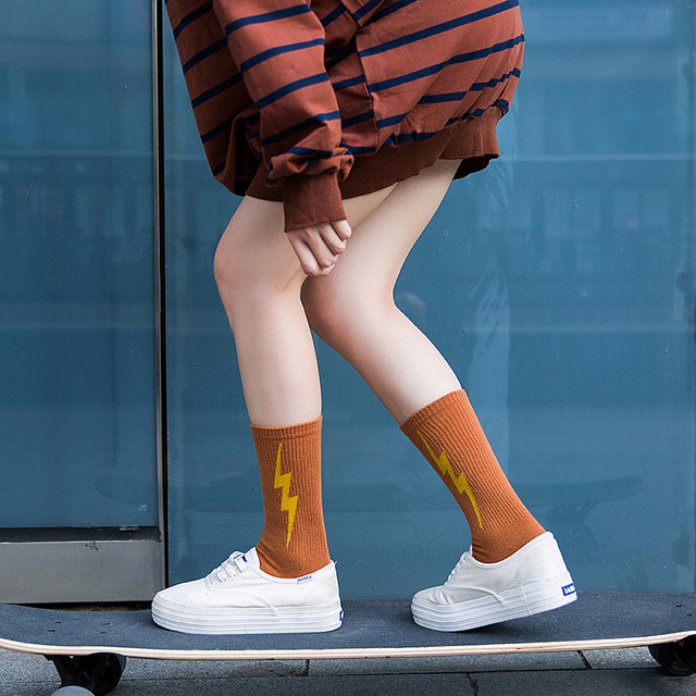 Fashion Cool Lightning Paterned Short Socks Women Vintage Skateboard Cotton Socks Female Art Funny Harajuku Low Socks Hipster