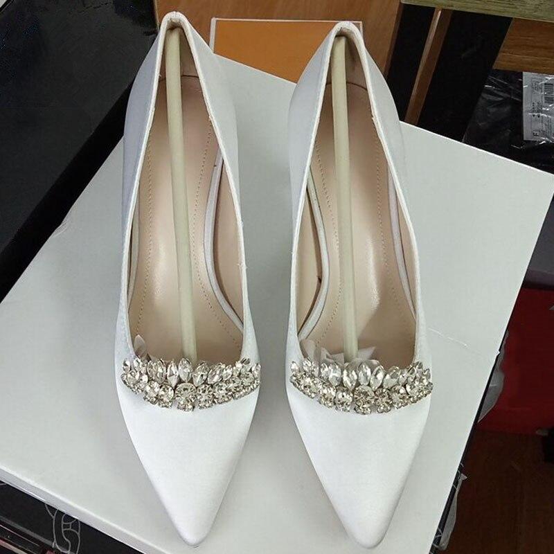Блестящие свадебные туфли с кристаллами и мозаикой; роскошные женские вечерние туфли лодочки на высоком каблуке; модные пикантные шелковые белые туфли с острым носком на каблуке - 2
