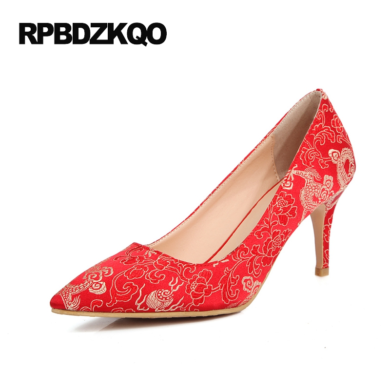 цены на Satin Women China Pumps Red Flower High Heels Size 4 34 3 Inch Plus Shoes 11 43 Thin Embroidered 2017 Pointed Toe Wedding Spring в интернет-магазинах