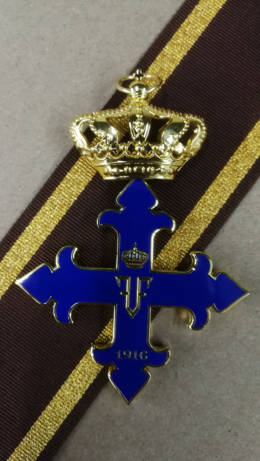 EMD Romanian Order Of Michael The Brave 2nd Class Commander's Cross1