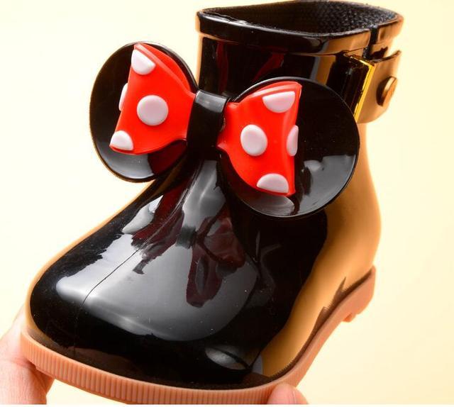 KidsSpring Sonbahar bebek kız yağmur çizmeleri Sıcak Güzellik Yay Rainboots Moda yumuşak kauçuk ayakkabı Yürümeye Başlayan Çocuklar Jöle shoesWaterproof