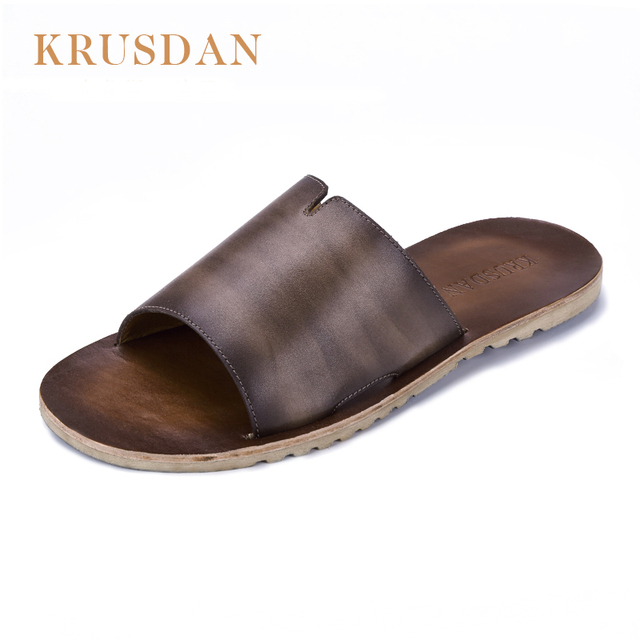 8a9f47e5f105fc 2018 Famous Brand Designer Casual Genuine leather Men Sandals Slippers  Summer Fashion Men Outdoor Casual Beach Shoes Flip flops