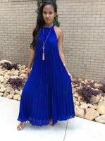 2018 New Women Summer Dress Sexy Party Halter Neck Sleeveless Long Maxi Dresses Beach Boho Fashion Loose Pleated Vestidos Solid