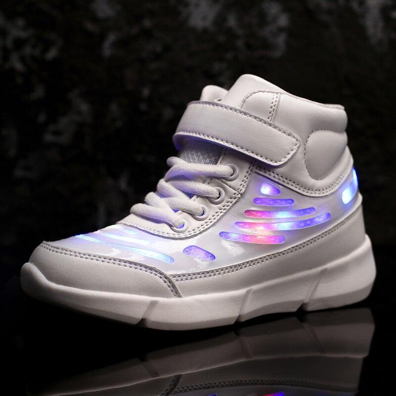 LED Lumineux Enfants Chaussures Garçons Filles Chaussures de Course 2019 De Mode High Top Enfants Casual Chaussures de Sport avec La Lumière Garçons Sneakers