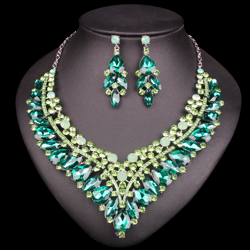 Green Crystal Necklace Set Bridal Jewelry Sets Silver Plated Jewelry Sets Drop Earings Indian Wedding Accessory