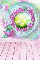 سعيد عيد الفصح البيض الأرجواني الزهور وعاء التصوير خلفية لل الوليد الأطفال خشبي الطابق سلس الصور الخلفيات