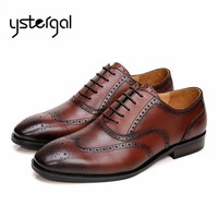 Vintage Hollow Out Mens Lace Up Genuine Leather Shoes Designer Men Business Oxfords Wedding Dress Shoe