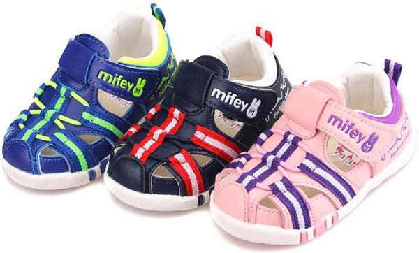 Precioso 1 par marca baby shoes niños suaves zapatillas de deporte, cómodo barato boy/girl shoes